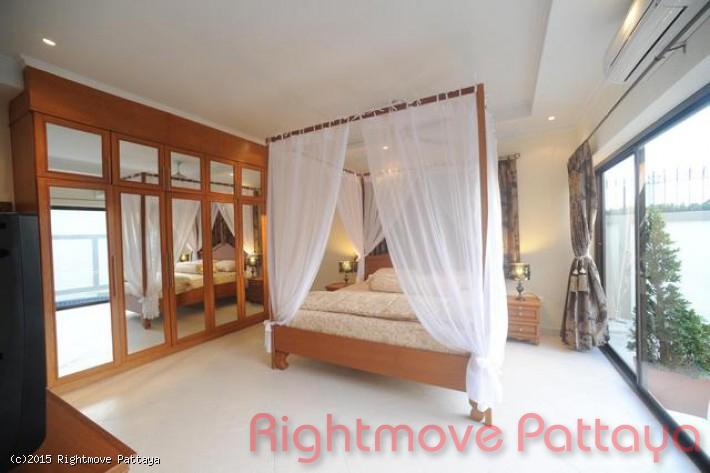 3 bedrooms house for rent in jomtien adare gardens 3
