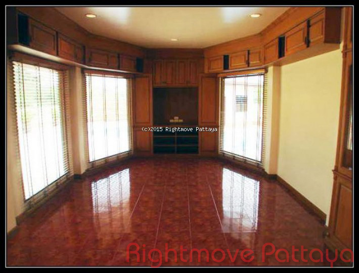 3 bedroom house in east pattaya for sale sp private house for sale in East Pattaya