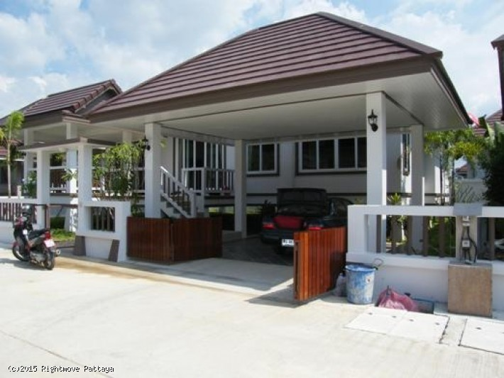 3 bedroom house in bang saray for rent rimtalay house for rent in Bang Saray
