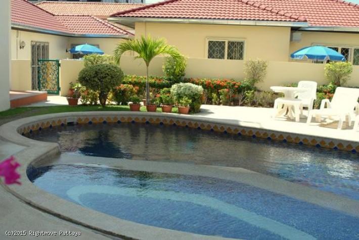 2 Bedrooms House For Rent In Pratumnak-butterfly Gardens