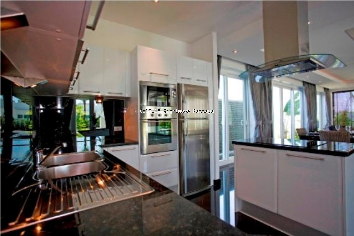 4 bedrooms house for rent in jomtien palm oasis