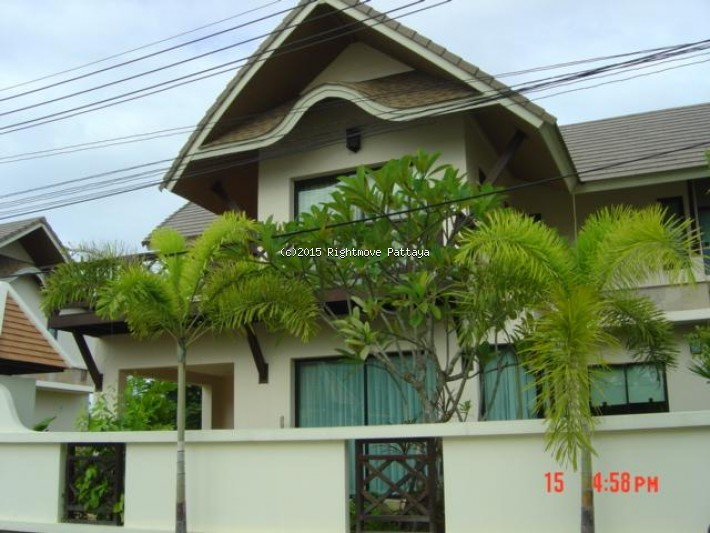 3 bedroom house in central pattaya for sale baan natcha1768068411 casa in vendita in Central Pattaya