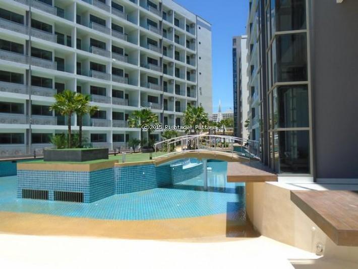 2 bedroom condo in jomtien for sale laguna beach resort 1  for sale in Jomtien Pattaya