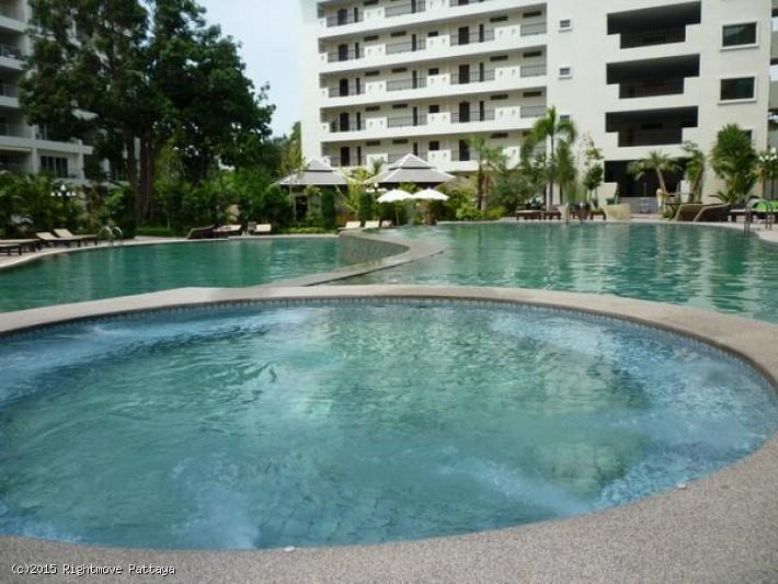 Rightmove Pattaya studio condo in wongamart naklua for rent wongamart privacy   to rent in Wong Amat Pattaya