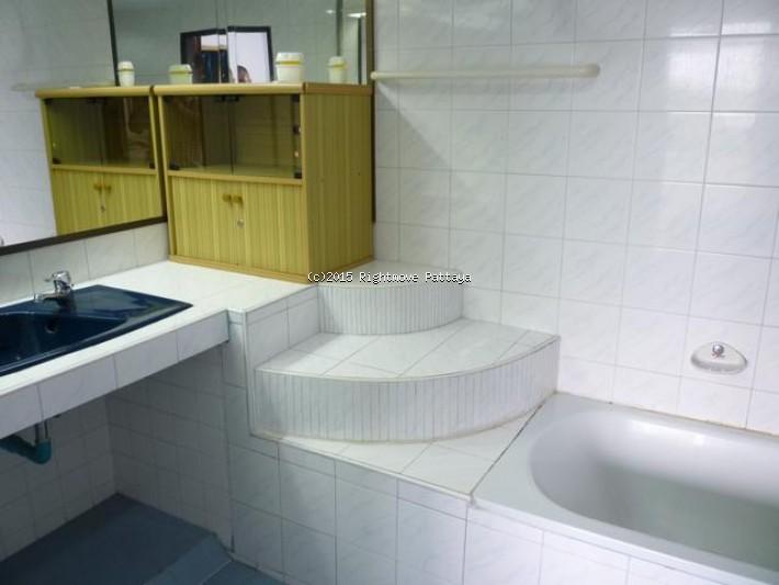 pic-5-Rightmove Pattaya 2 bedroom condo in na jomtien for sale somphong condo1555044123   for sale in Na Jomtien Pattaya