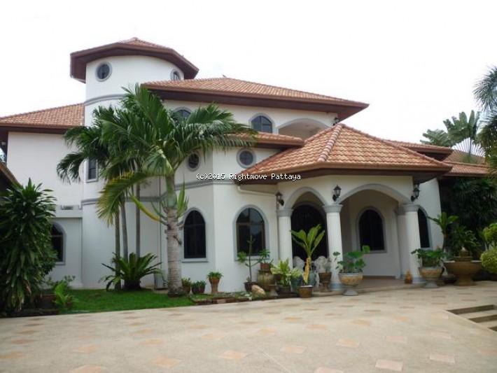 5 bedroom condo in east pattaya for sale not in a village  for sale in East Pattaya Pattaya