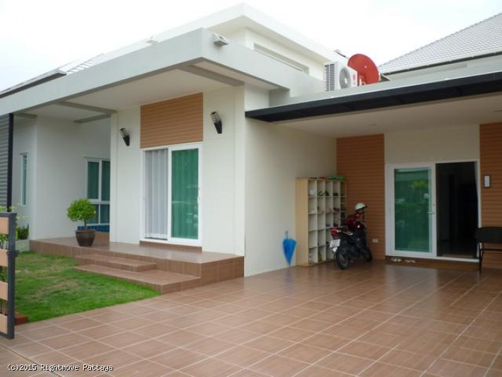 3 bedroom house in east pattaya for sale patta village272802207 house for sale in East Pattaya