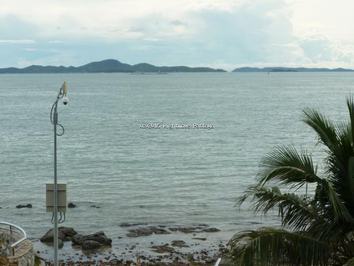 3 bedroom condo in wongamart naklua for sale ping pha  for sale in Wong Amat Pattaya
