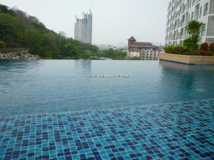 studio condo in pratumnak for rent the axis  to rent in Pratumnak Pattaya