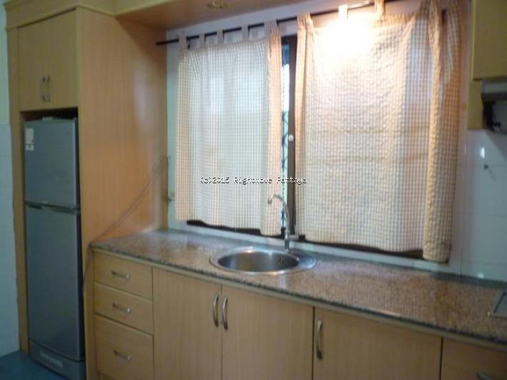 2 bedrooms house for rent in jomtien royal park village