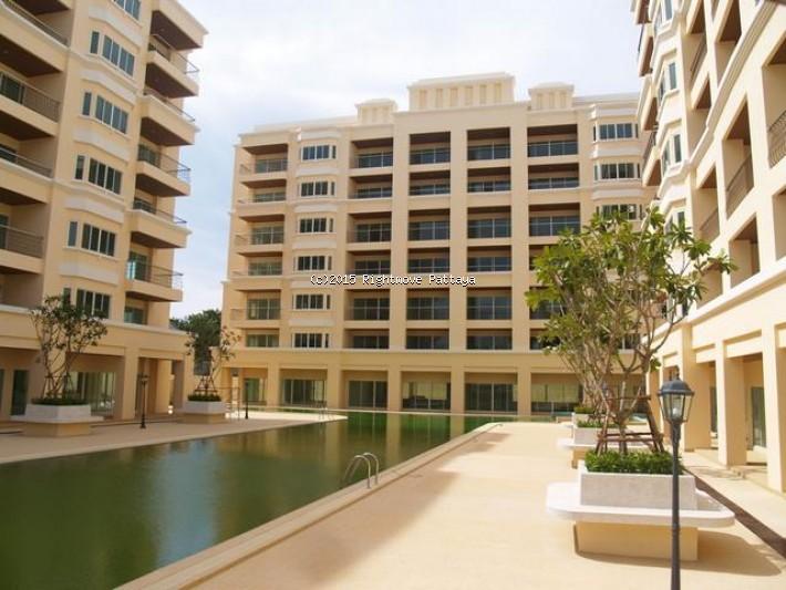 2 bedroom condo in jomtien for sale platinum suites  for sale in Jomtien Pattaya