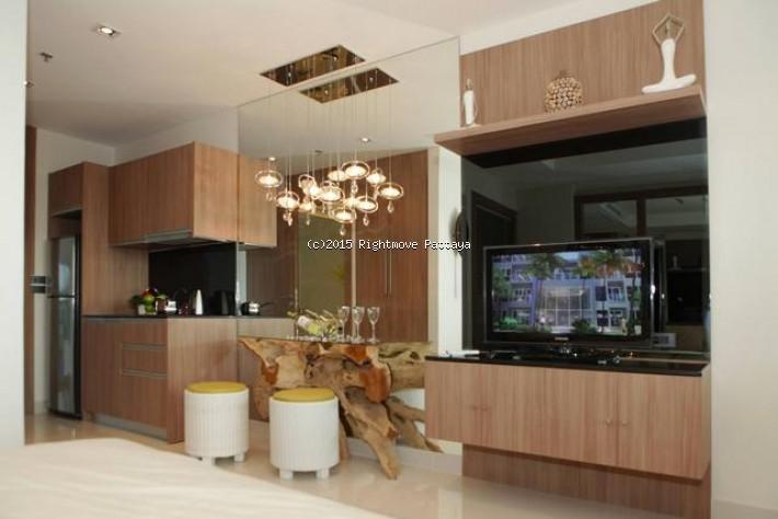 studio condo in pratumnak for sale theptip mansion633402644   in Pratumnak Pattaya