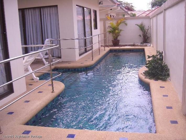 2 Bedrooms House For Rent In Pratumnak-avoca Garden 1