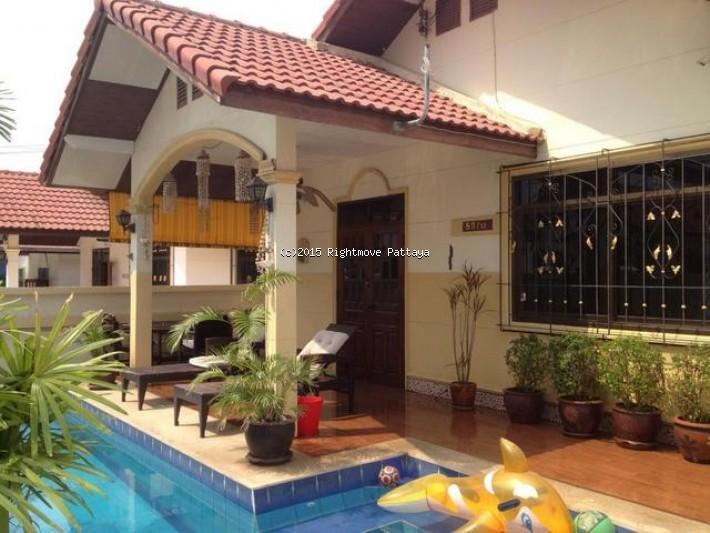 3 bedroom house in east pattaya for rent baan suey mai nang1939276377 house for rent in East Pattaya