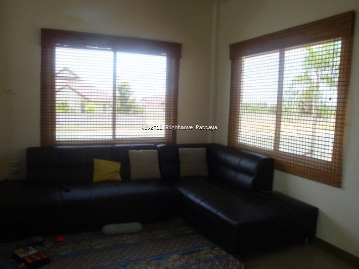 2 bedroom house in east pattaya for rent tropical village house for rent in East Pattaya