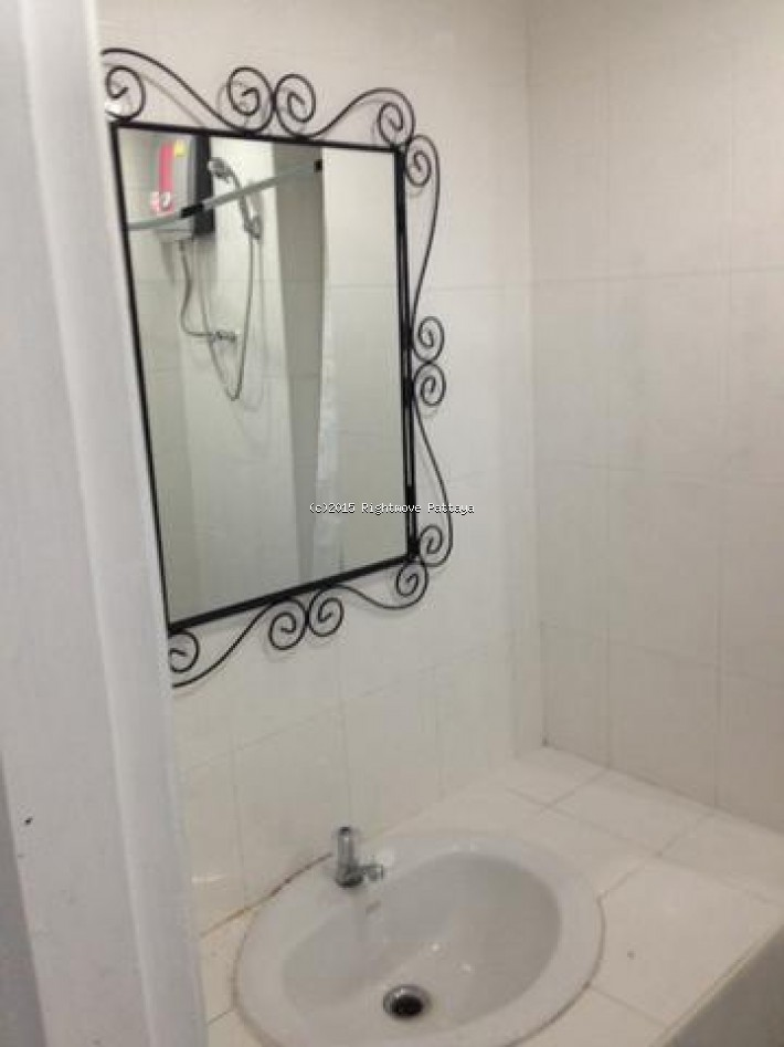 pattaya condotel chain for sale and for rent in jomtien  for sale in Jomtien Pattaya