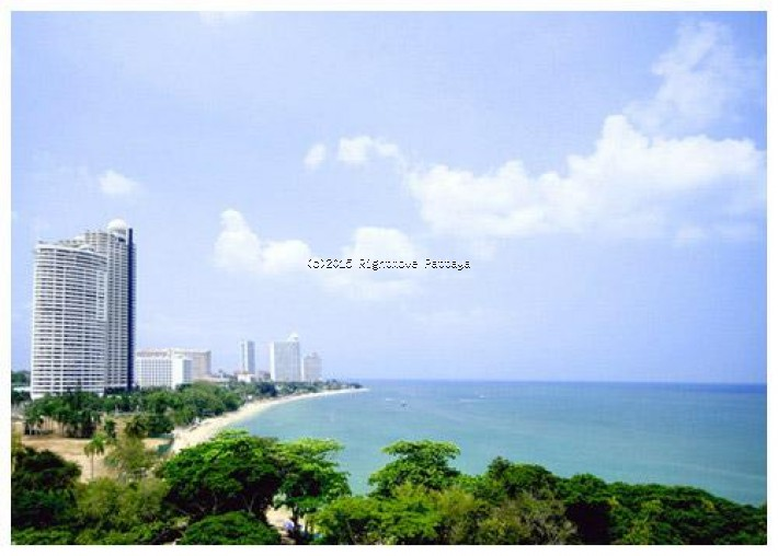 5 bedroom condo in wongamart naklua for sale the cove  for sale in Wong Amat Pattaya
