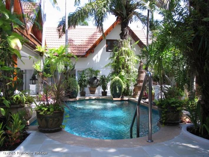 3 Bedrooms House For Rent In Jomtien-jomtien Palace