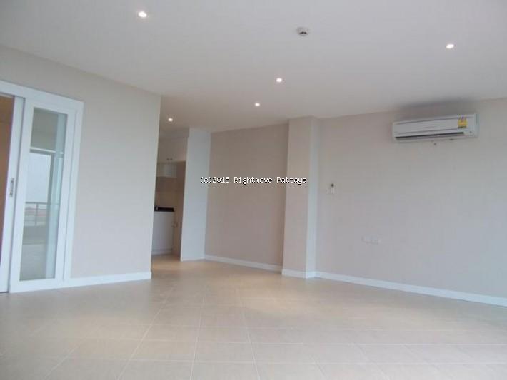 jomtien beach paradise - fully renovated studio: for sale...! Condominiums for sale in Jomtien Pattaya
