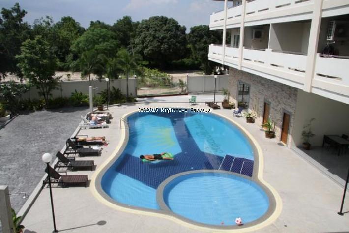 2 bedroom condo in ban amphur for sale royal residence34862303  for sale in Ban Amphur Pattaya
