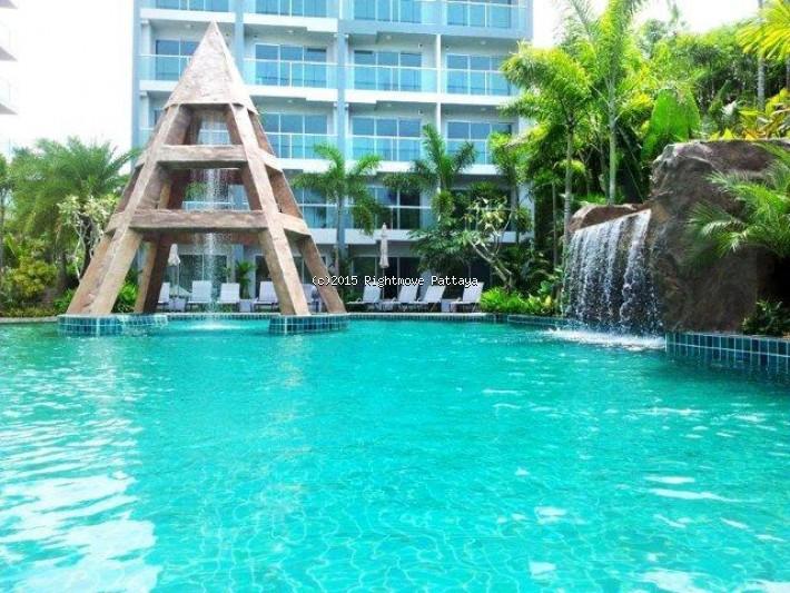 studio condo in wongamart naklua for rent club royal    to rent in Wong Amat Pattaya