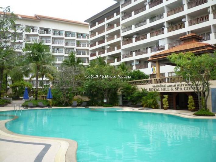 1 bedroom condo in jomtien for rent royal hill    att hyra i Jomtien Pattaya