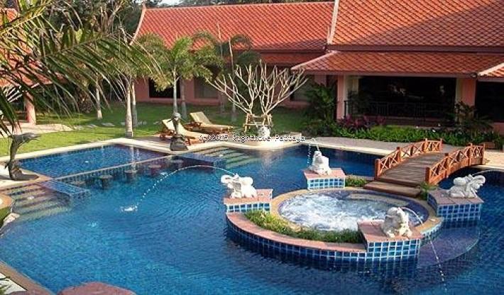 studio condo in wongamart naklua for sale nova mirage871275852    te koop In Wong Amat Pattaya
