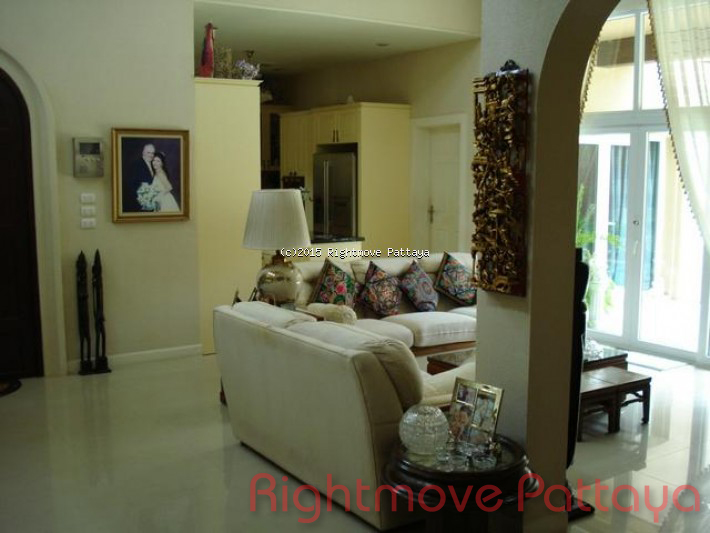 3 bedroom house in east pattaya for sale silk road1982729192 maison pour la vente dans les East Pattaya