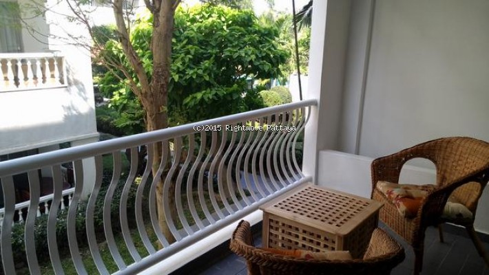 studio condo in jomtien for sale laguna beach resort 1  for sale in Jomtien Pattaya