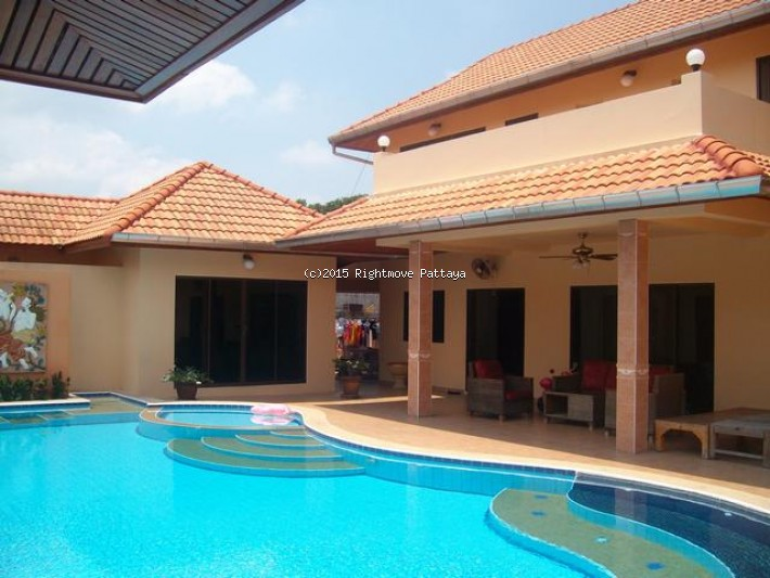 4 bedroom house in east pattaya for sale not in a village1374315437 house for sale in East Pattaya