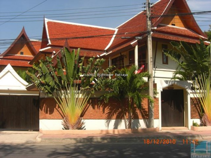 3 bedroom house in pratumnak for sale not in a village1628724528 house for sale in Pratumnak