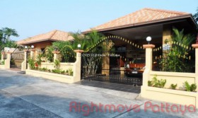 4 Beds House For Sale In Jomtien - Grand Lotus Place