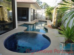 2 Beds House For Sale In Pratumnak - Avoca Garden 1