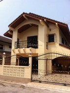 3 Beds House For Sale In Central Pattaya - La Bella Casa