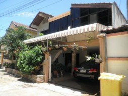 4 Beds House For Sale In Central Pattaya - Not In A Village