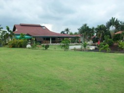 4 Bed House For Sale In Huay Yai - Not In A Village