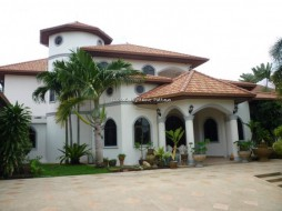 5 Beds Condo For Sale In East Pattaya - Not In A Village