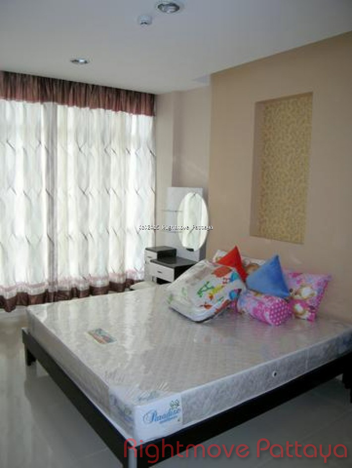 new condo soi khoatalo affordable for sale or rent for sale in East Pattaya Pattaya