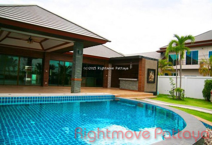 4 bedroom house in huey yai for rent piam mongkhon house for rent in Huay Yai