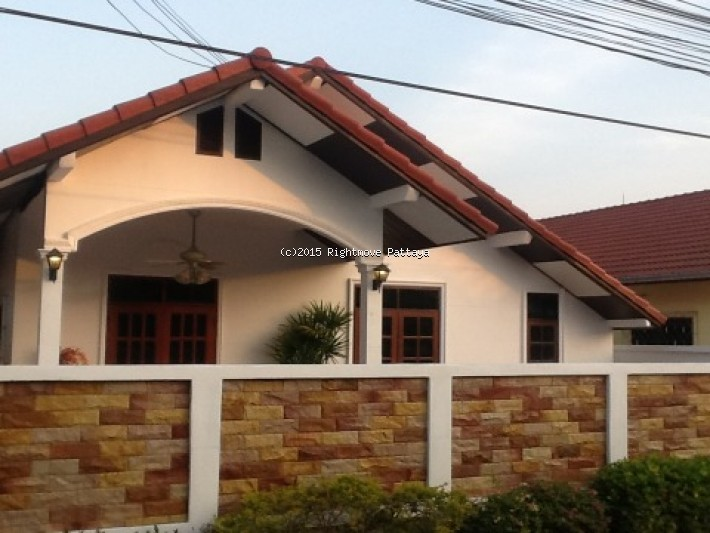 3 bedroom house in east pattaya for rent baan suey mai nang casa in affitto in East Pattaya