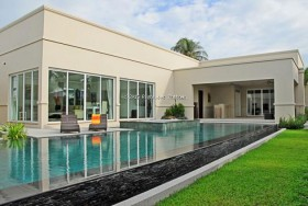 3 Beds House For Sale In East Pattaya - The Vineyards 1