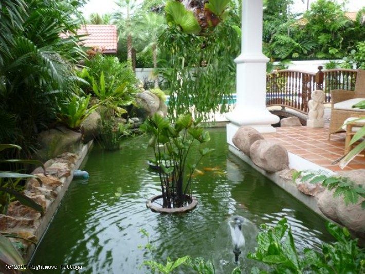 4 bedroom house in east pattaya for rent thai thani house for rent in East Pattaya