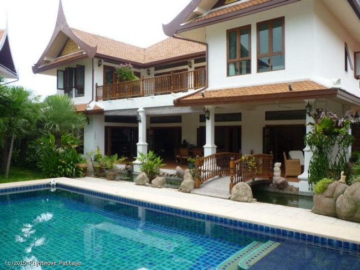4 bedroom house in east pattaya for rent thai thani maison à louer dans les East Pattaya