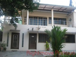 5 Beds House For Rent In Na Jomtien - Not In A Village