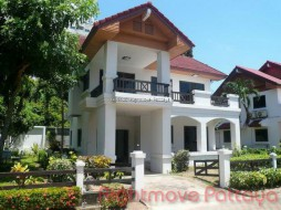 3 Beds House For Rent In Ban Amphur - Himwong