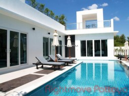 3 Beds House For Rent In Jomtien - Palm Oasis