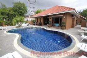 5 Beds House For Rent In Jomtien - Tropicana Villa