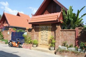 3 Bed House For Rent In South Pattaya - Phenphax Village