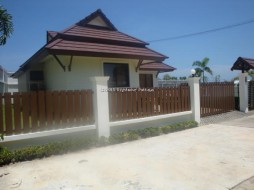 2 Bed House For Rent East Pattaya - Tropical Village