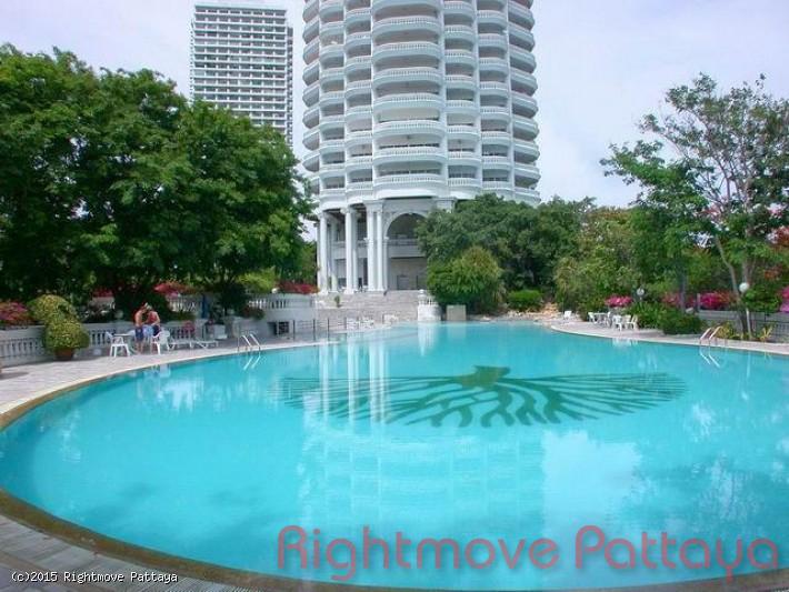 pic-1-Rightmove Pattaya 3 bedroom condo in wongamart naklua for rent park beach   to rent in Wong Amat Pattaya